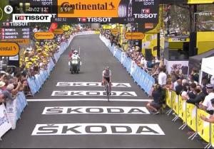 Тур Де Франс.  Нанс Пітерс тріумфував на восьмому етап, Єйтс зберіг жовту майку