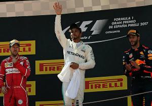 Формула-1. Хемілтон виграв гонку в Іспанії, далі - Феттель і Ріккардо