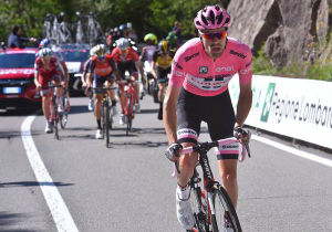 Дюмолін виграв Джіро д'Італія, Кінтана та Нібалі - на подіумі