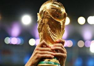 Політика на футболі. Чи правильно не показувати в Україні ЧС-2018