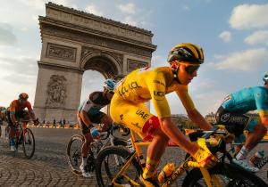 Тур де Франс. 21 етап. Беннет виграв на Єлисейських полях, Погачар - чемпіон