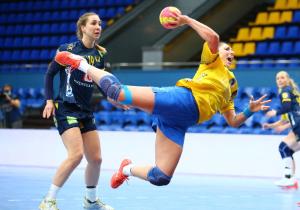 Відбір Євро-2022 з гандболу. Жінки. Україна з боями поступилась чемпіону Олімпіади