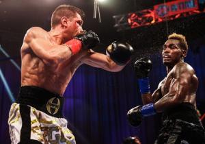 Дерев'янченко поступився американцю в чемпіонському бою (ВІДЕО)