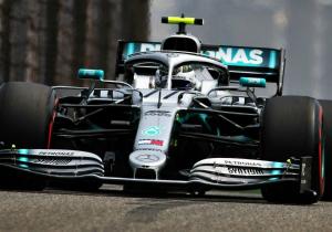Формула-1. Феттель та Боттас перемогли на практиках у Китаї