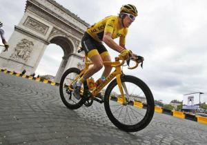 Тур де Франс. 21 етап. Крістофф підкорив спринт у Парижі, Томас став чемпіоном