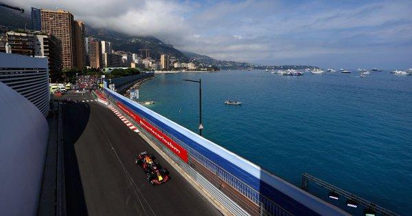 Формула-1. Гран-при Монако. Риккардо разорвал всех на практиках