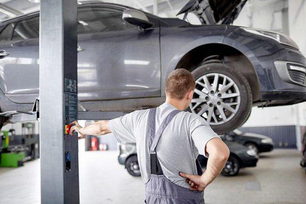 Як правильно обслуговувати власний автомобіль