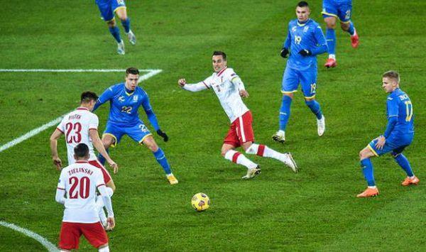 Жахлива помилка Луніна у матчі проти Польщі (ВІДЕО)