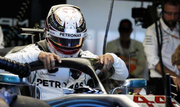 Формула-1. Хэмилтон – быстрейший на первых практиках сезона