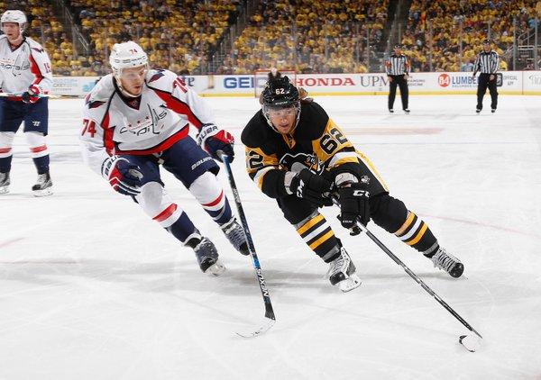 """НХЛ. """"Піттсбург"""" рветься у півфінал Кубка Стенлі"""