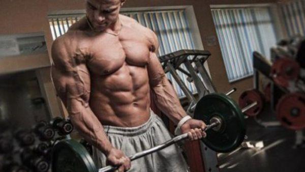 Чому анаболічні стероїди варто вживати з розумом