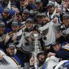 НХЛ. Перший в історії тріумф