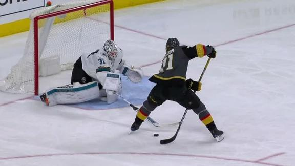 НХЛ. Захисник забив філігранний гол у меншості (ВІДЕО)