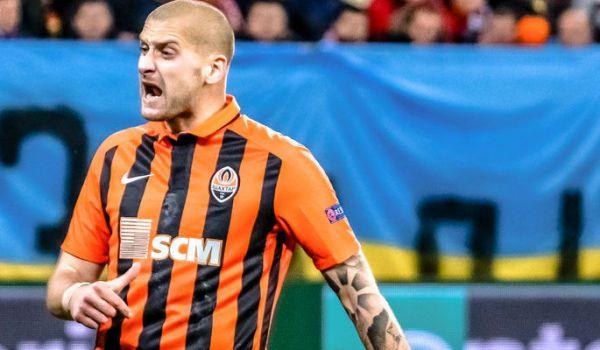 """""""Динамо"""" і """"Шахтар"""" відпускають по два гравці, Девіч шукає новий клуб та інші трансферні чутки дня"""