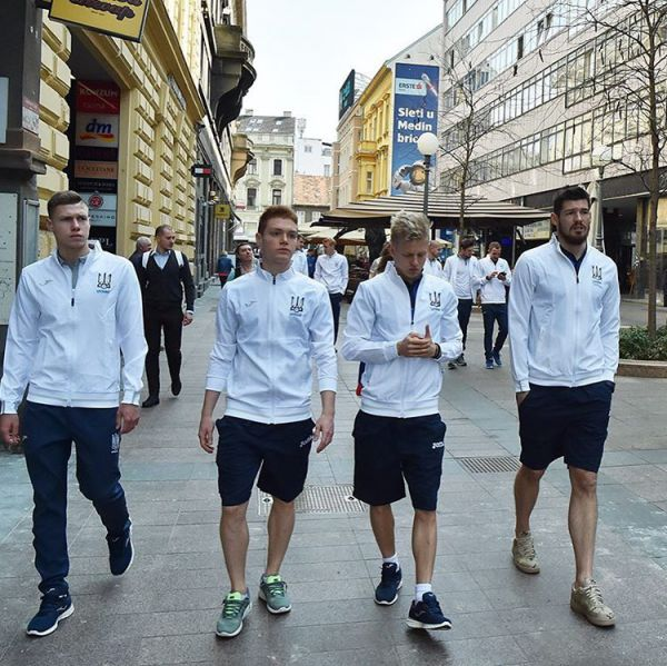 Реакция жителей Загреба на прогулку сборной Украины городом (ФОТО)
