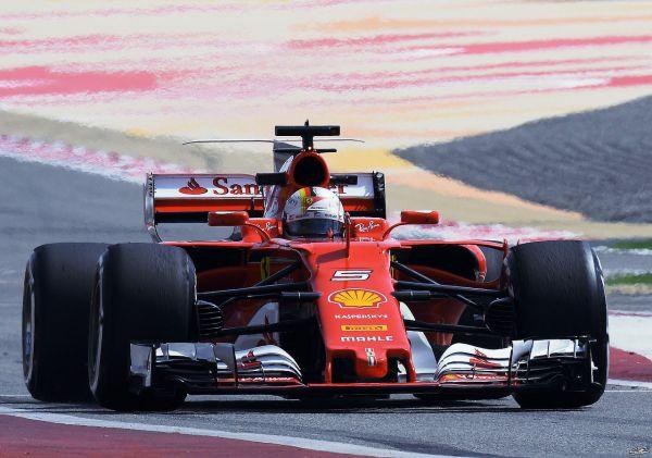 Формула-1. Феттель порвал всех на практиках в Бахрейне