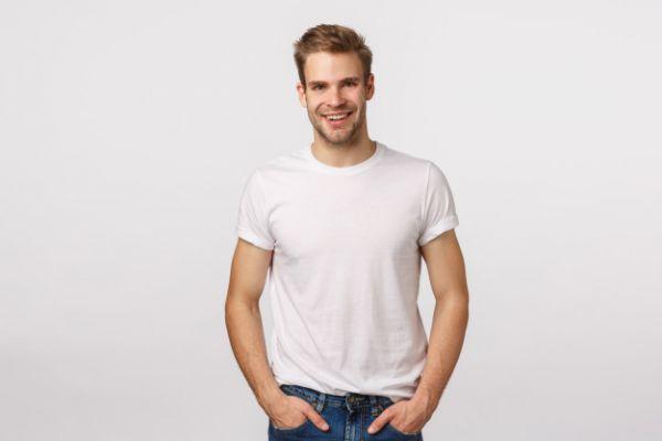 Мужская футболка. Где купить и как выбирать