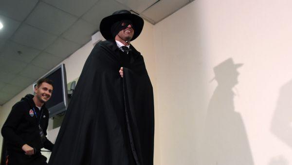 Фонсека приміряв костюм Зорро після перемоги над