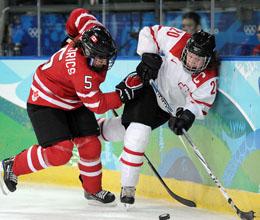 Канада здобула другу розгромну перемогу (51.01 Kb)