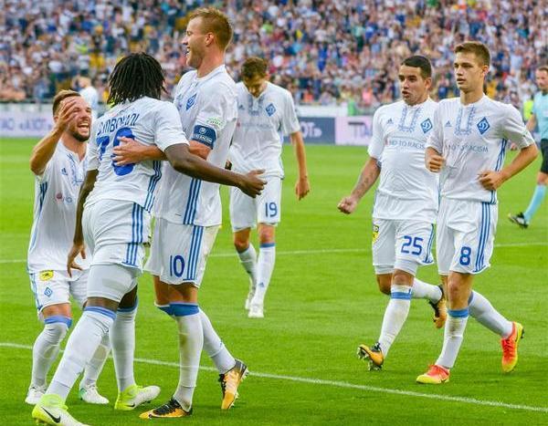 Прем'єр-ліга. «Динамо» розтрощило «Карпати»