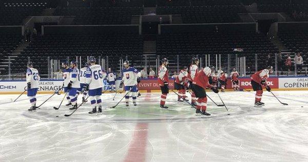 ЧМ-2018 по хоккею. Чехия по буллитах одолела Швейцарию, провал корейцев