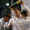 Формула-1. Несправжнє шампанське для справжнього чемпіона (ФОТО)