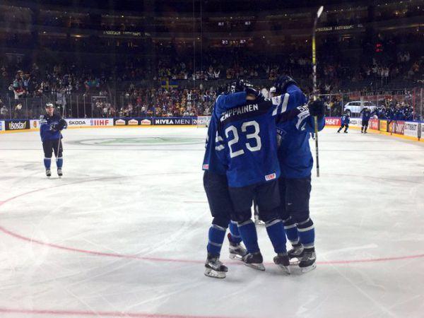 ЧМ-2017 по хоккею. Канада вышла на Россию, Финляндия – Швеция