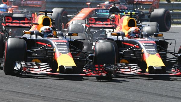 Формула-1. Эмоциональная авария Риккардо и Ферстаппена в Венгрии (ВИДЕО)