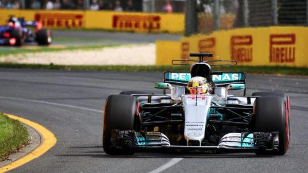 Формула-1. Хэмилтон выиграл первую квалификацию