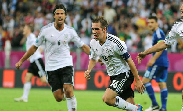 germany-v-greece-uefa-euro-20120622-123439-514.jpg