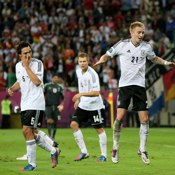 germany-v-greece-uefa-euro-20120622-132825-301.jpg