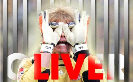 Олівер Кан порощається з футболом