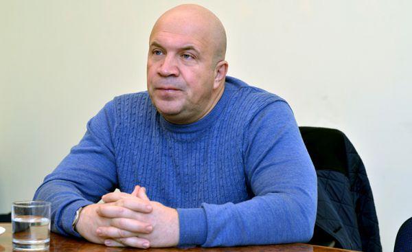 """Олег Печорний: """"Дніпро"""" прибіднюється, щоб не платити борги"""
