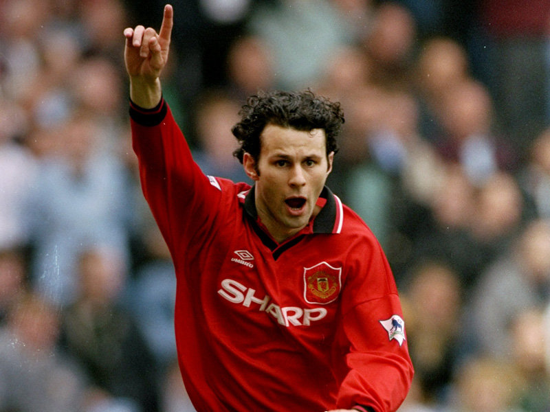 ryan-giggs-celebrates-v-manchester-city-1996-2569151.jpg